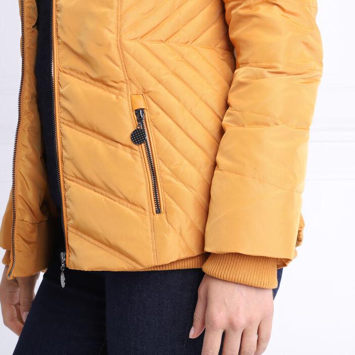 Doudoune cintrée à capuche jaune moutarde femme