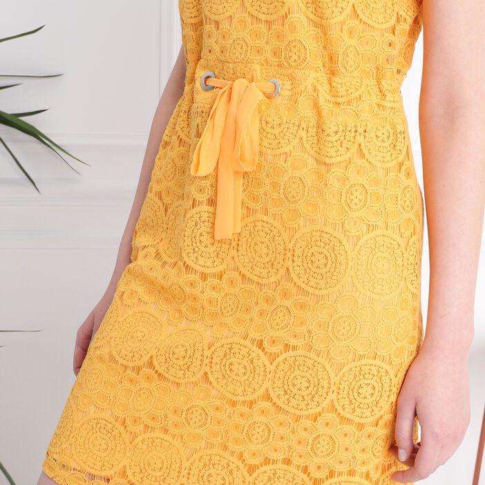 Robe courte cintrée dentelle jaune moutarde femme