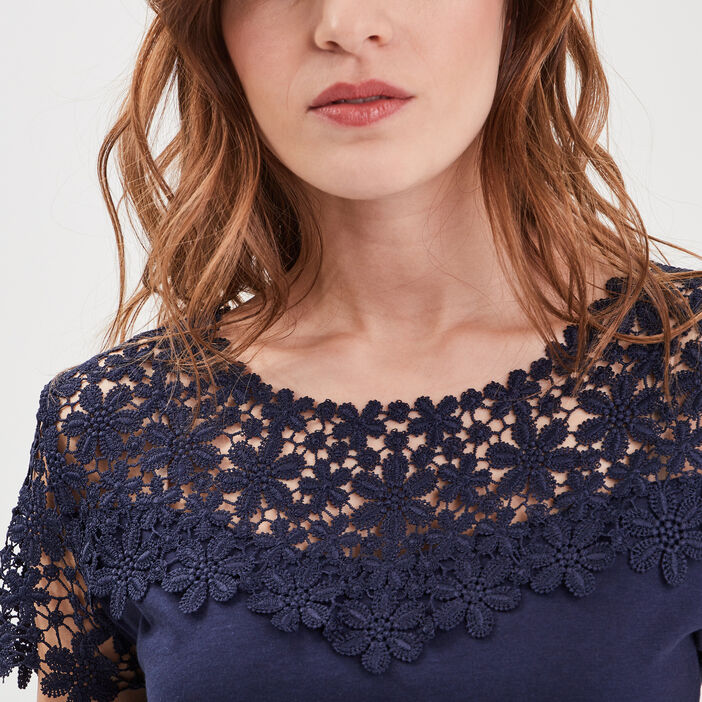T-shirt col rond avec macramé bleu marine femme