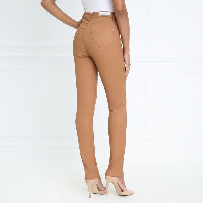 Pantalon ajusté enduit camel femme