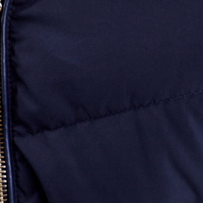 Doudoune cintrée à capuche bleu foncé femme