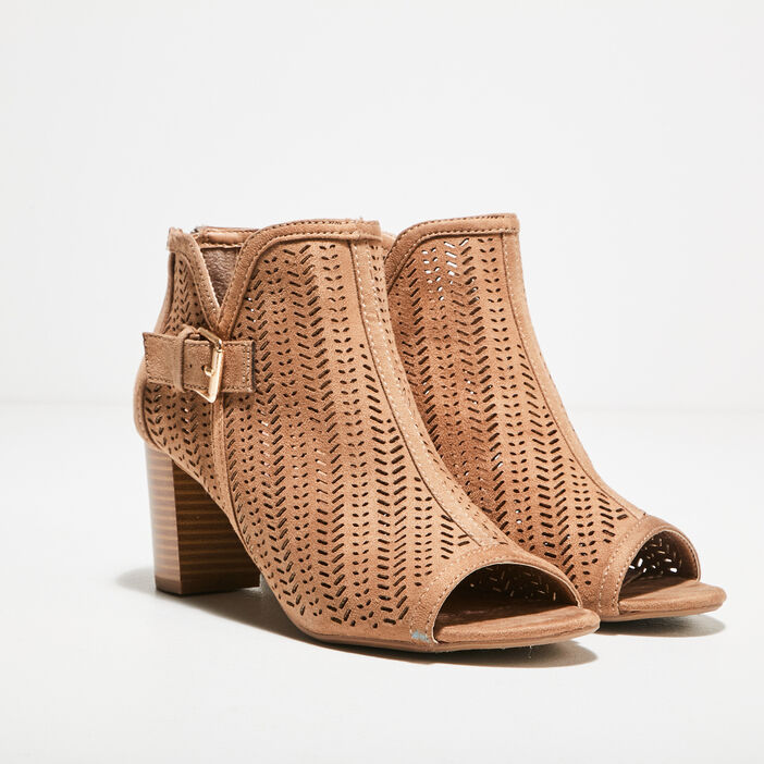 Sandales à talons perforées marron femme