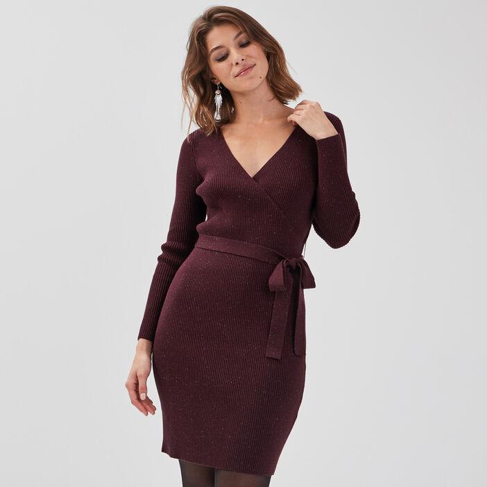 Robe pull ajustée ceinturée violet foncé femme