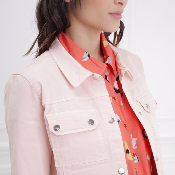 Veste ajustée courte boutonnée rose clair femme