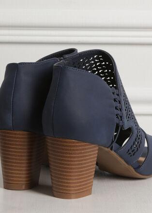 Sandales ajourees talon carre bleu marine femme