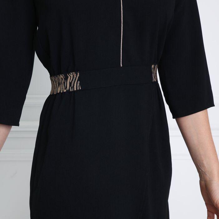 Robe unie détails ceinture noir femme